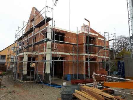 Vor-Ort-Termin einer Baubegleitung